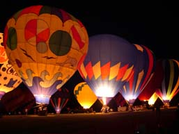 Albuquerque Hot air balloon glow