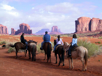 Monument Valley horseback