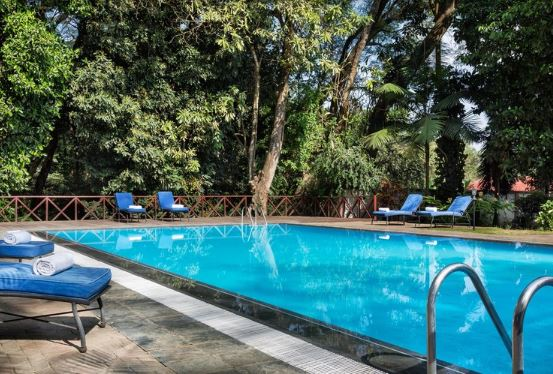 Four Points Arusha pool