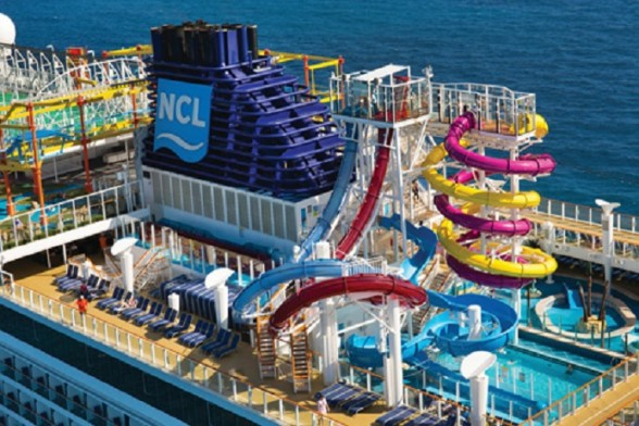 Aqua Park Norwegian Escape